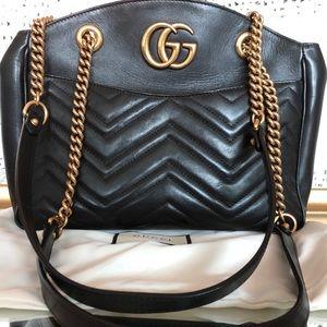 Black Gucci Marmont purse